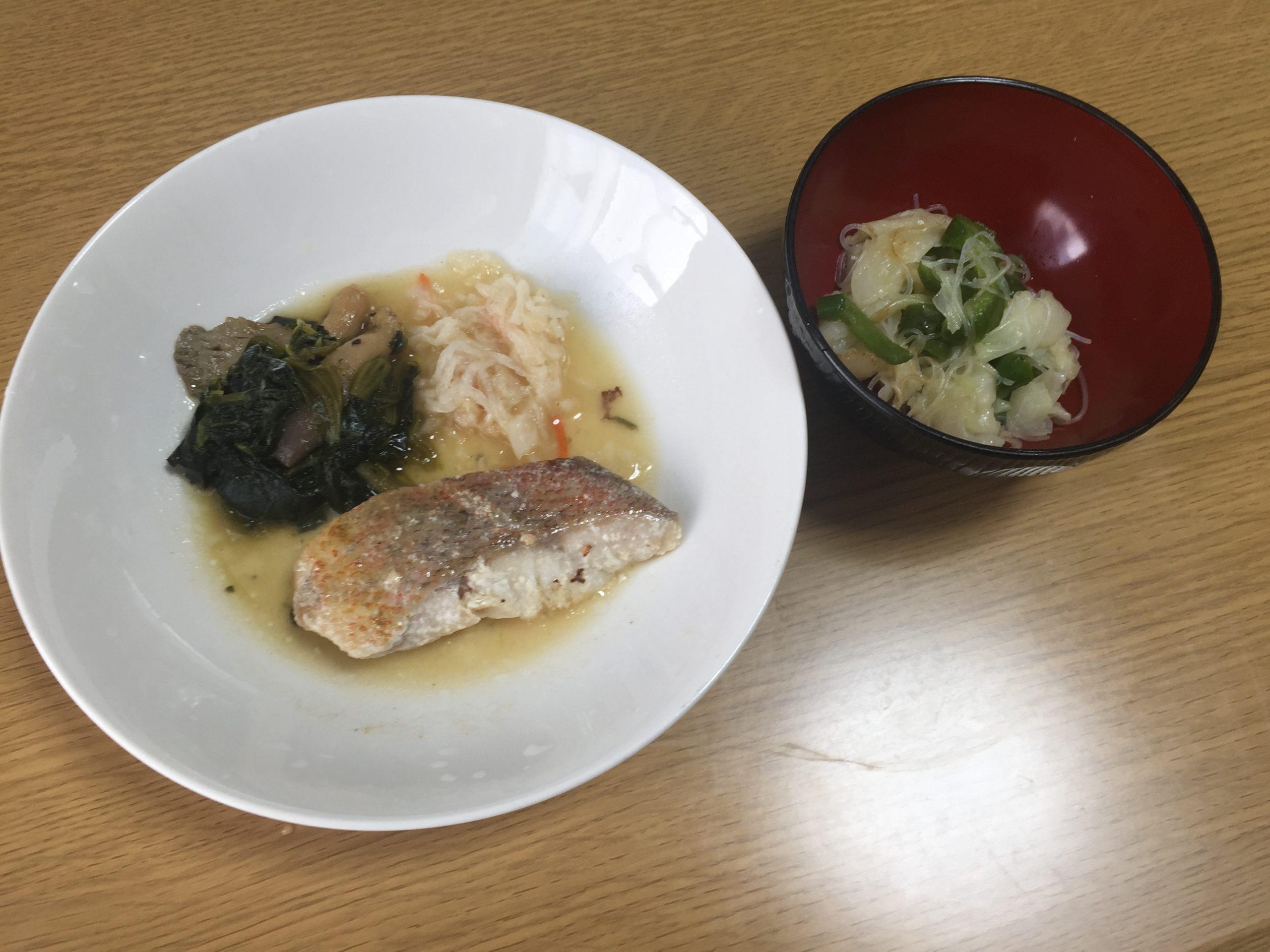 赤魚の粕漬焼きとビーフンの中華炒め