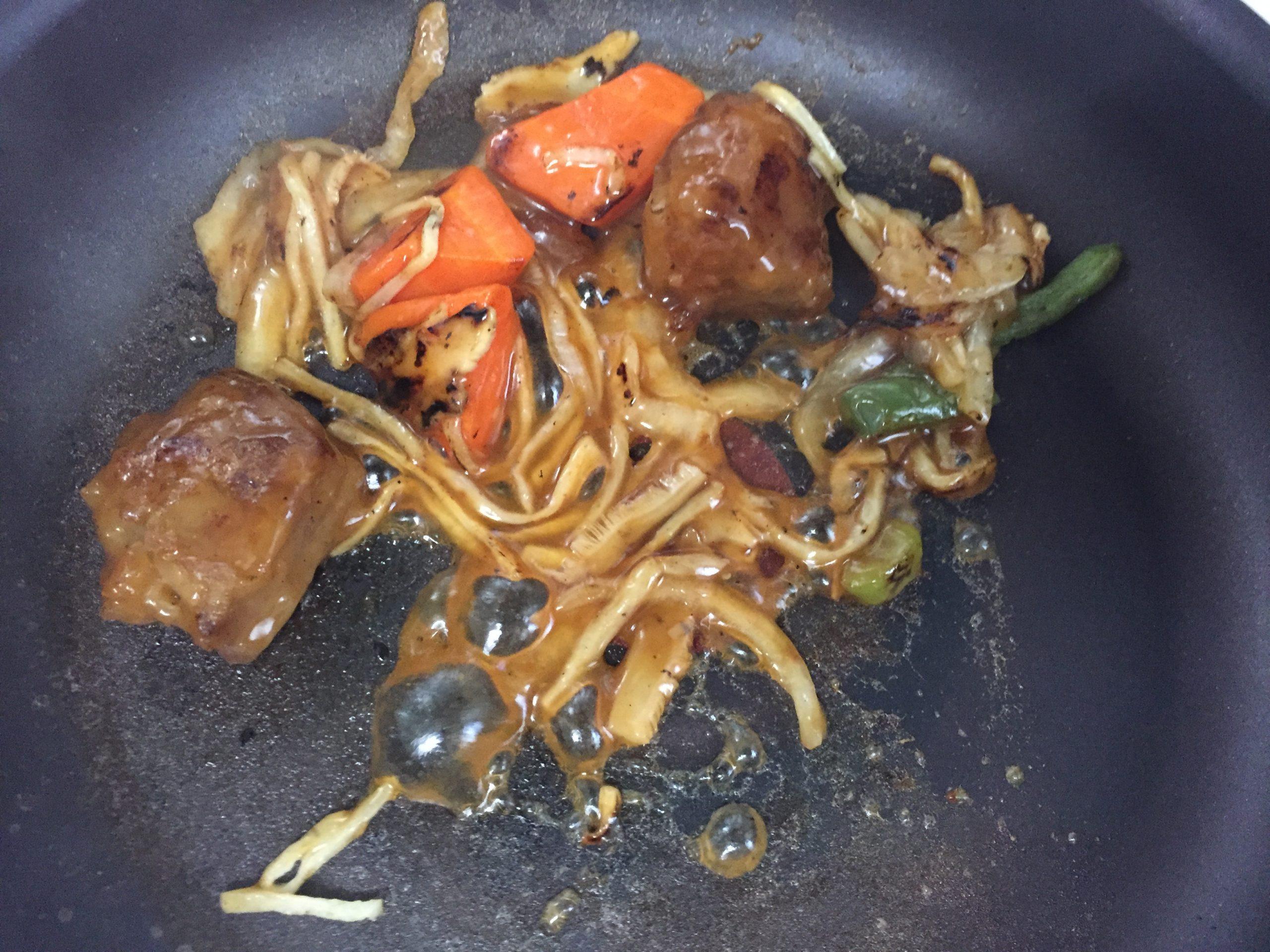 黒酢酢豚炒め